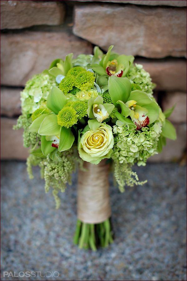 Ramo de novia color verde