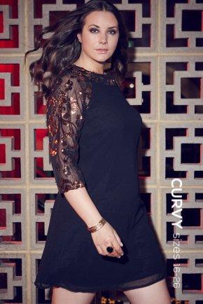 Curvy black dress