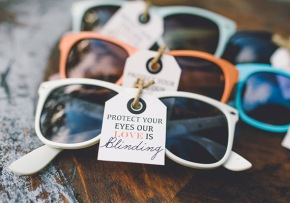 Sunglasses wedding favors