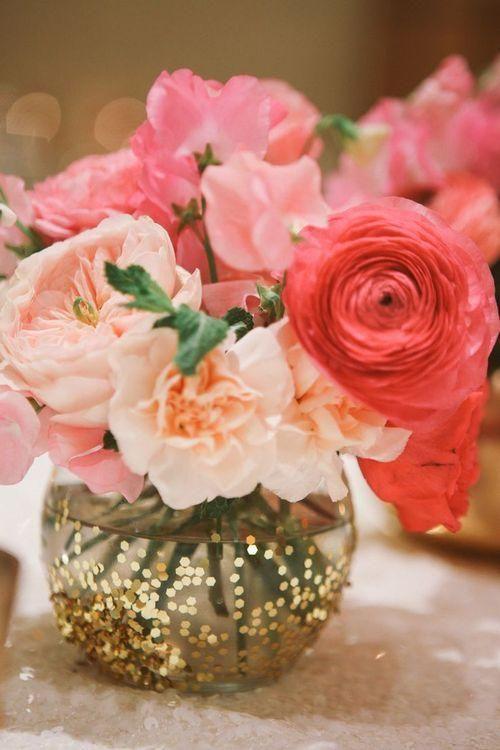 Rosas y purpurina grande
