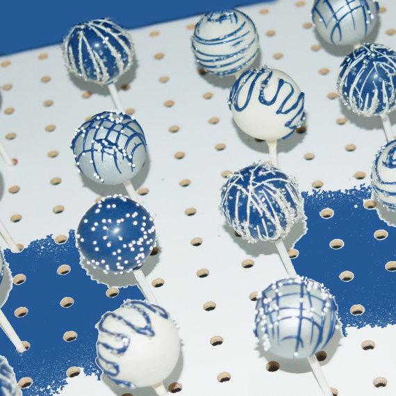 Cake pops azul y plata